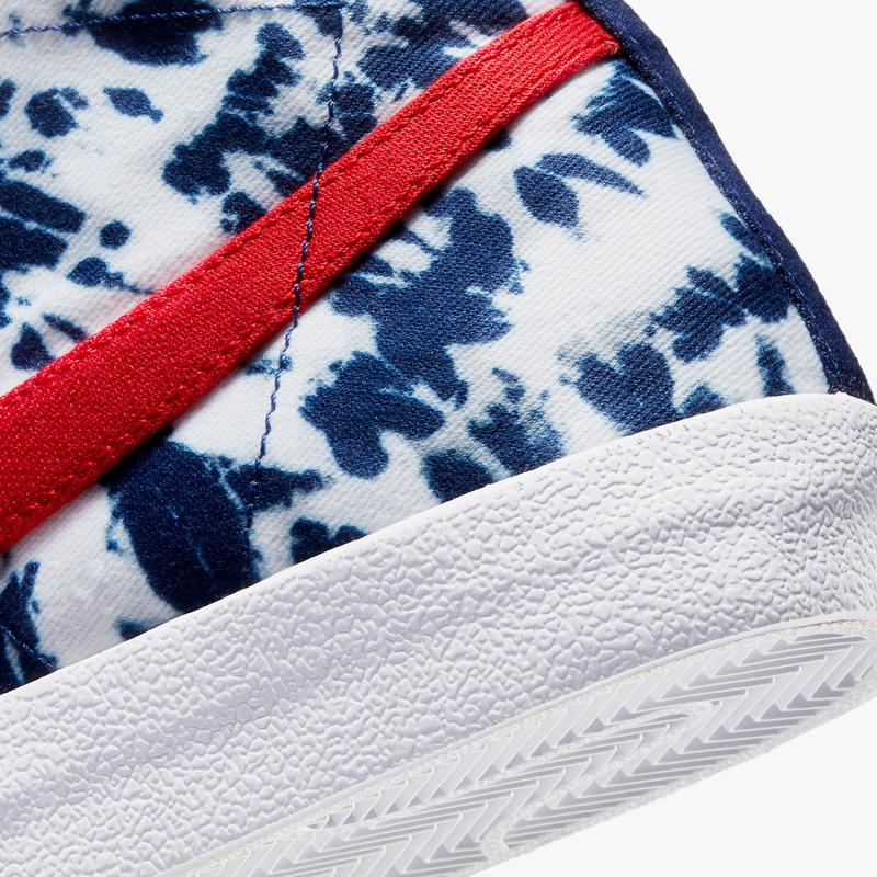 nike sportswear blazer mid 77 vintage tie dye university red blue void white CZ7874 600 official release date info photos price store list buying guide