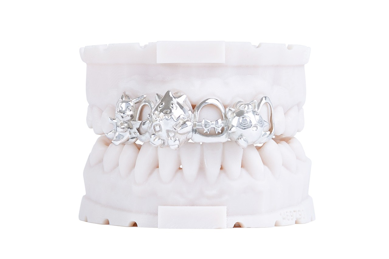 Grillz Buyer Guide Jewelry Investment Helen With the Gold Teeth Pinstripe Grillz Ri Serax