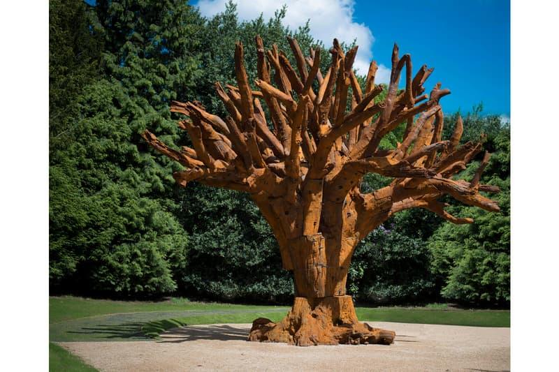 "Christie's ""Dream Big"" Sculptures Private Sale tomato alexander calder ai weiwei antony gormley anish kapoor richard serra"