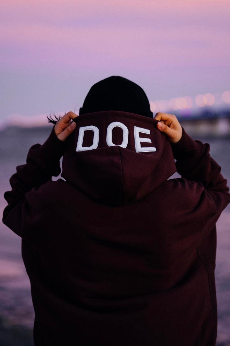 DOE Fall/Winter 2020 lookbook fw20 collection menswear streetwear jackets t shirts tees sweaters hoodies crewnecks pants shanghai