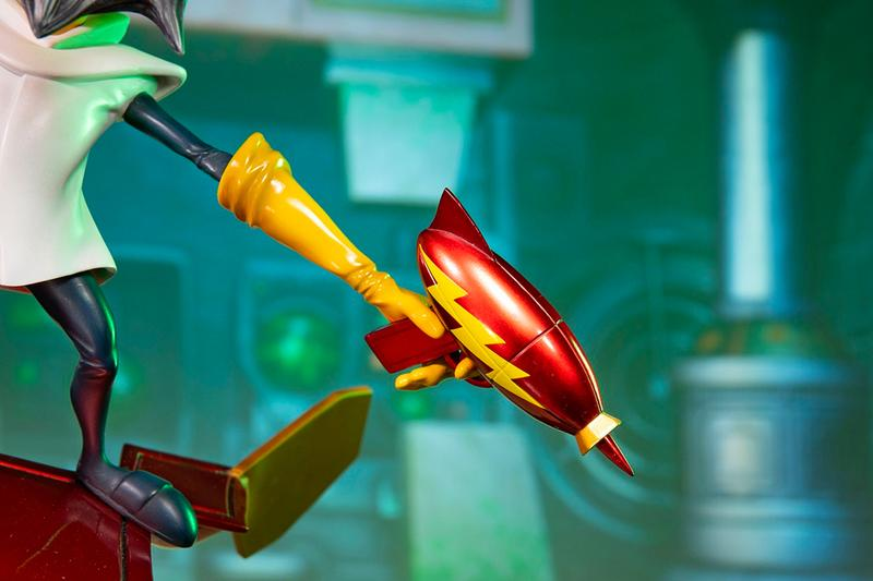 F4F Releases 21-Inch 'Crash Bandicoot' Dr. Neo Cortex Figure First 3 Figures Crash Bandicoot 3: Warped resin