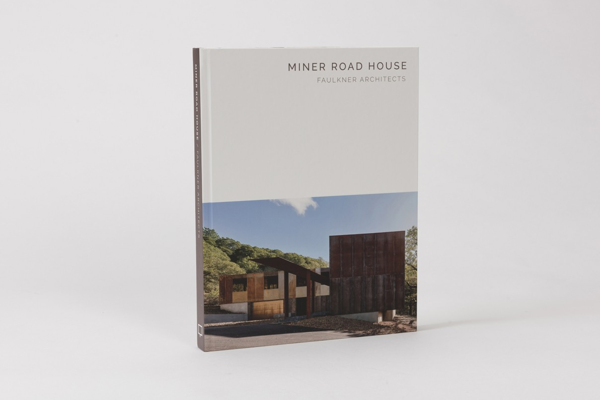 'Miner Road House: Faulkner Architects (Masterpiece Series)' book home design layout