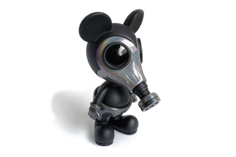 ron english galaxy mousemask murphy toy release compound gallery chris kong set free