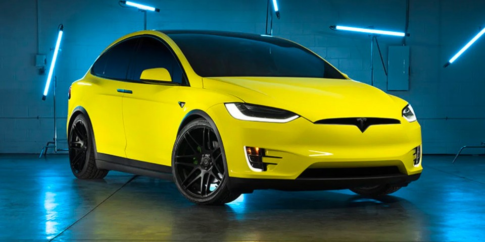 Tesla Introduces Its Own Car Wrap Service