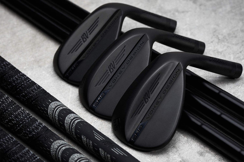 all black wedges