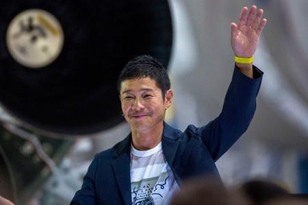 Yusaku Maezawa Acquires Stake in United Arrows and Adastria