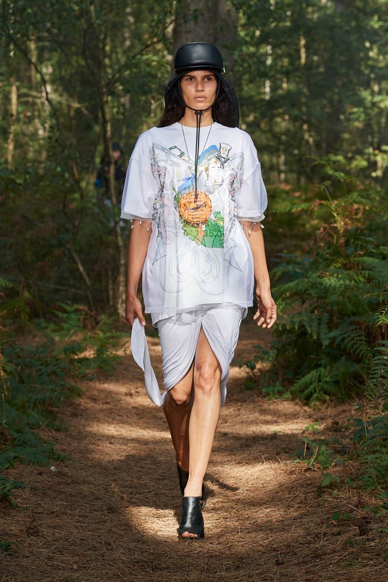 Burberry Spring/Summer 2021 Runway Collection ss21 in bloom riccardo tisci mens womens twitch anne imhof Erykah Badu, Rosalía, Steve Lacy Bella Hadid