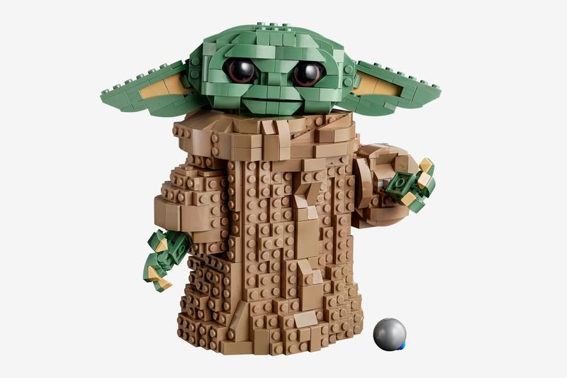 Lego Star Wars The Mandalorian The Child 75318 Release Yoda Star Wars Lucafilms toys figures bricks lightsabers Tv series season 2
