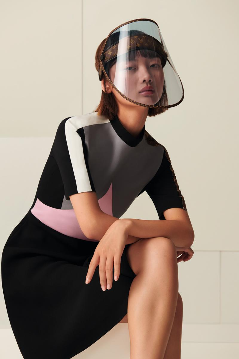 Louis Vuitton rilis face shield mereka yang diberi nama LV Shield