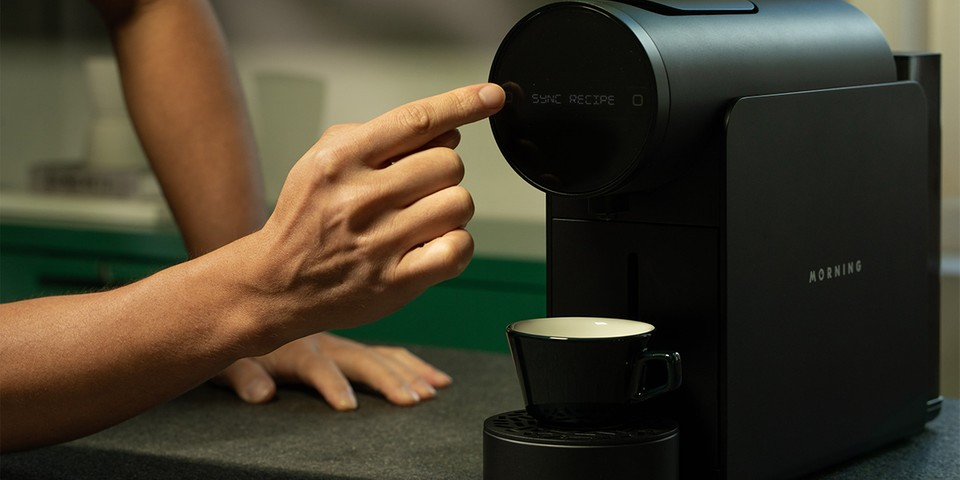 The Morning Machine Lets You Brew Instant Coffee Like a Barista  image