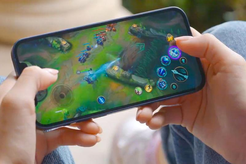 Apple League of Legends: Wild Rift iPhone 12 A14 Bionic chip 5G Riot Games