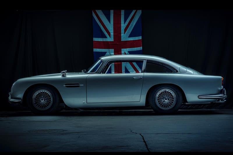 1:1-Scale 1964 Aston Martin DB5 Bond Car Display Model Bring a Trailer Auctions Handmade Fiberglass Bodywork James Bond 007 Gadgets Removable Roof Smoke Oil