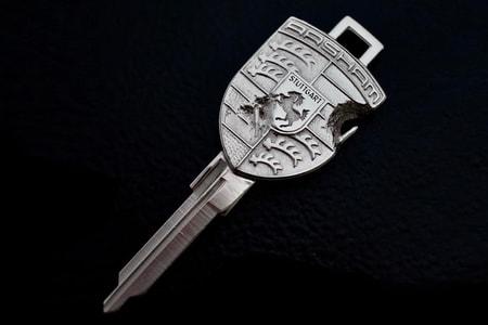 Daniel Arsham Reveals EYEFUNNY Porsche 930A Turbo Key
