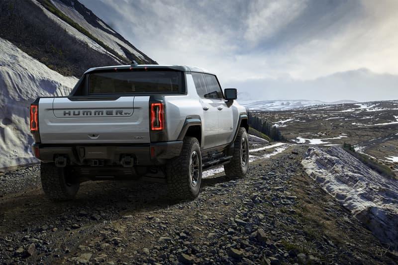 2022 gmc general motors hummer ev electric truck car luxury offroad motor 1000 horsepower 350 mile range battery