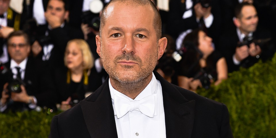 "Jony Ive to Team up With Airbnb on ""Multi-Year"" Partnership"