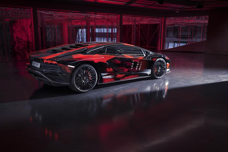 Lamborghini Aventador S x Yohji Yamamoto Car, Capsule clothing apparel collaboration collection roppongi hills japan release date info buy color lounge tokyo