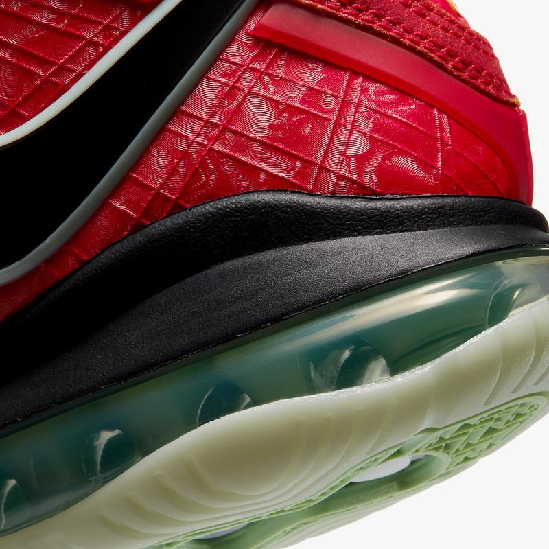 nike basketball lebron james 8 gym red cucumber calm black CT5330 600 official release date info photos price store list buying guide