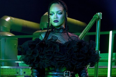Rihanna's Savage x Fenty Vol. 2 Show Doesn't Care About Size, Shape, or Color
