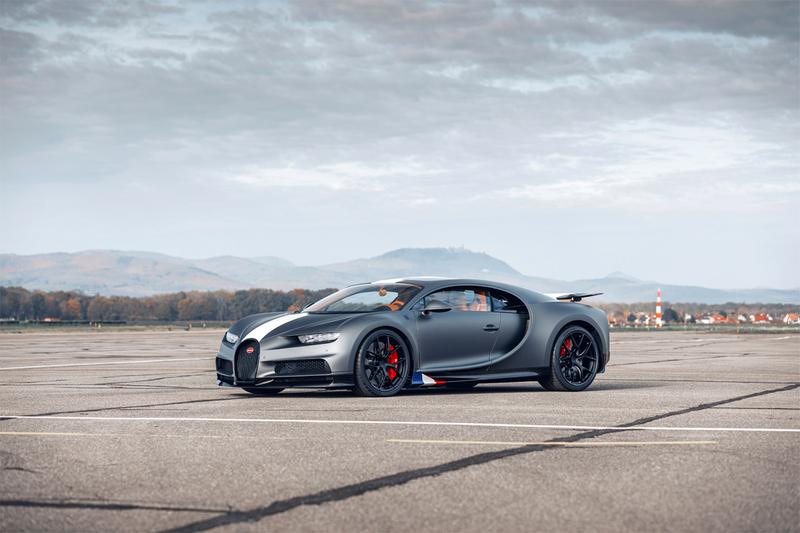 bugatti Chiron Sport Les Légendes du Ciel racing racer car aviation flight planes france french