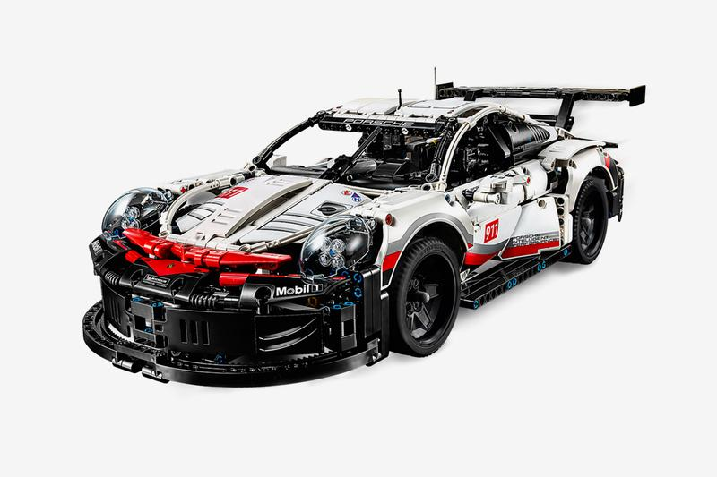 LEGO Technic 1580 Piece Porsche Design 911 RSR race car supercar vehicle model figures toys puzzle black red white 8 cylinder engine piston laguna seca