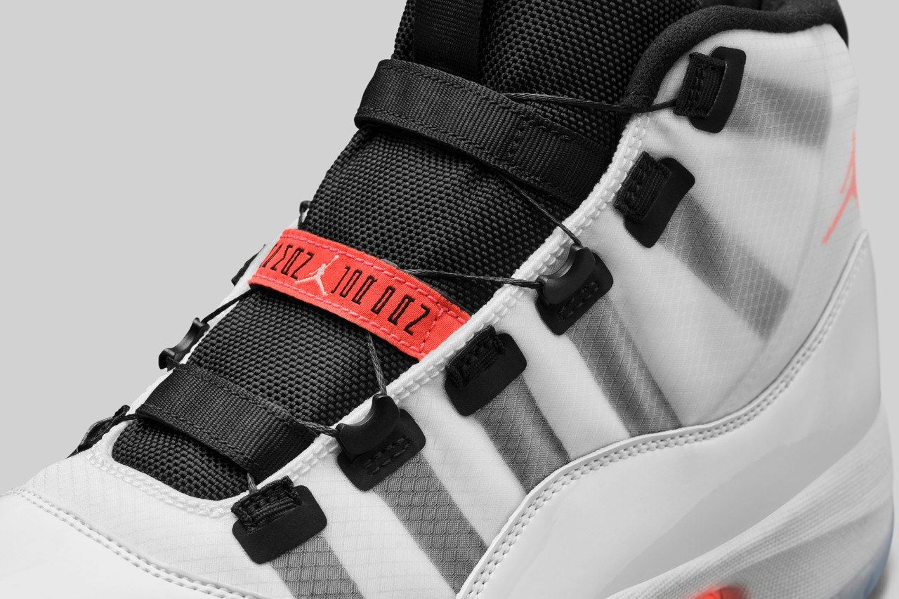 Adapt Auto-Lacing To Air Jordan 11