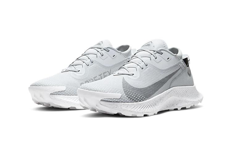 "Nike Pegasus Trail 2 GTX GORE-TEX ""White/Pure Platinum/LT Smoke Grey"" DC1933-100 Sneaker Release Information FW20 Fall Winter 2020 Footwear Swoosh Trainer Trail Hiking"