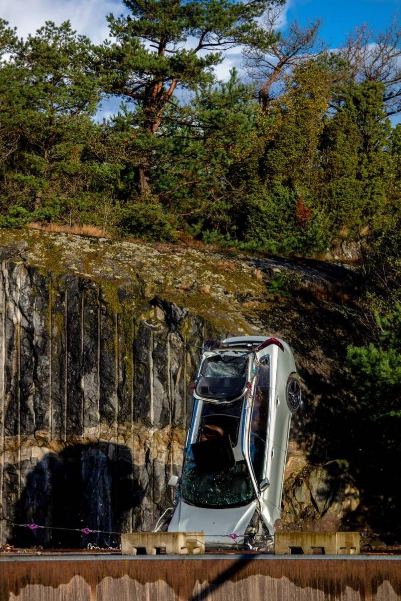 Volvo Drops Cars From 30 Meter Crane Safety Test Rescue Mission Fire Ambulance Service Crash Save Lives Automotive Swedish Family