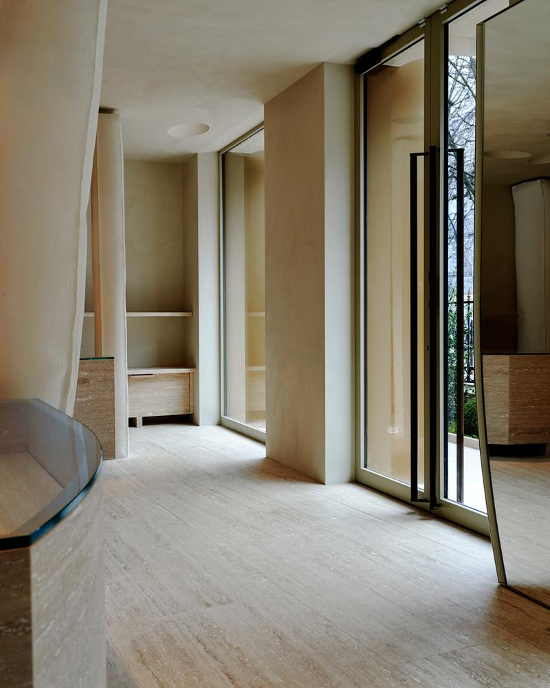 Maison Margiela Avenue Montaigne Paris Flagship store interior inside address location boutique shop martin