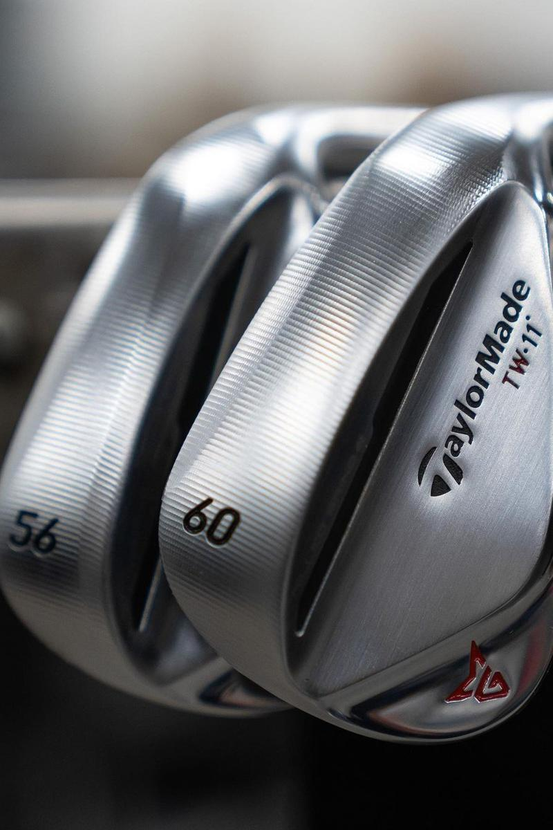 Taylor Made Tiger Woods Grind 2 Chrome Wedges Pro Player Drivers Clubs