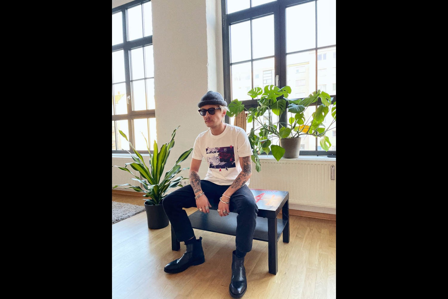 Tommy Hilfiger Presents Tommy's Drop Shop Collab Series Sportsbanger Mago Studio Zome Hoodie T-shirt
