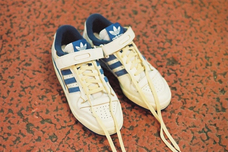 Kết quả hình ảnh cho adidas Forum '84 Low OG Cloud White/Royal Blue on feet