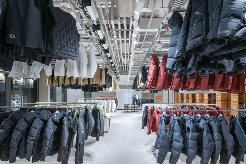 Descente BLANC Beijing Boutique Schemata Architects design interior store address