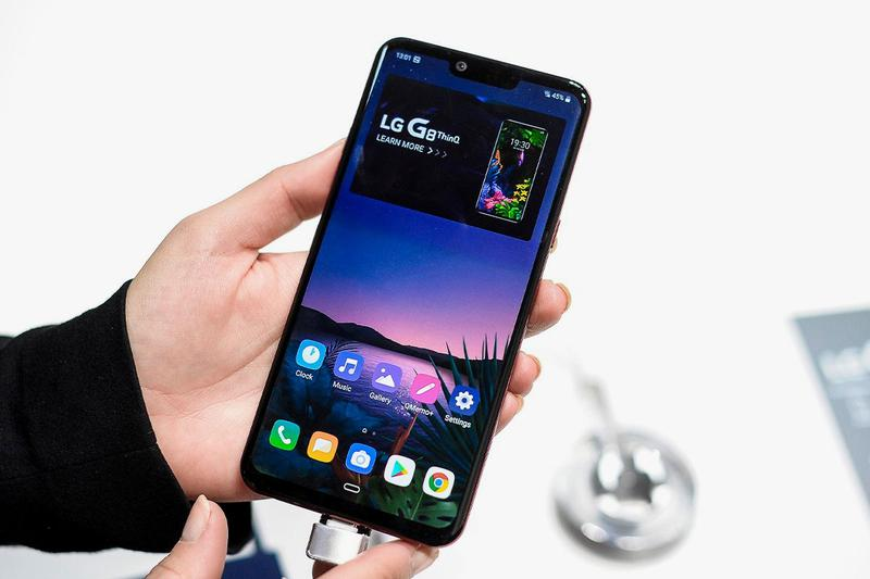 lg south korea technology manufacturer smartphone industry exit departure consideration decision rollable ces 2021