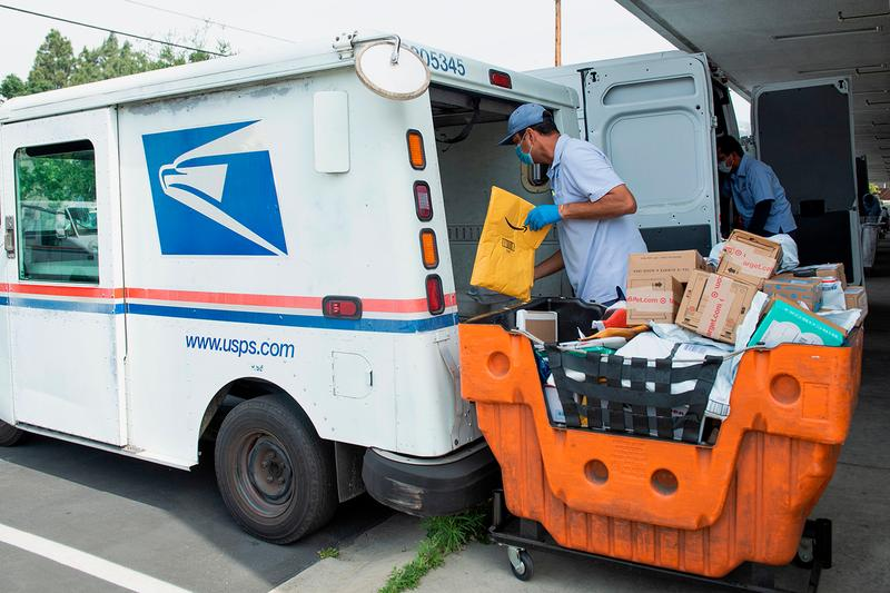 US Postal Worker Caught Stealing IPhones PlayStations Nintendo Consoles embezzlement of mail Info