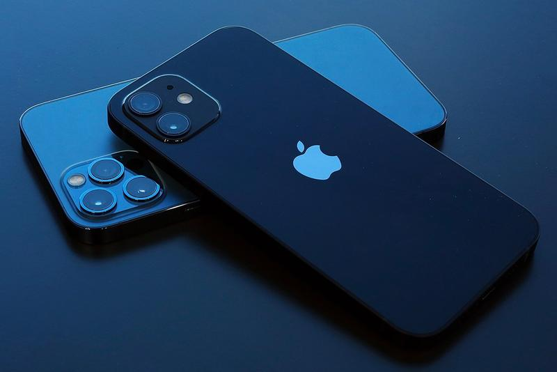 Apple iPhone 13 Always-On Display Rumor Info Date Camera Clock Battery