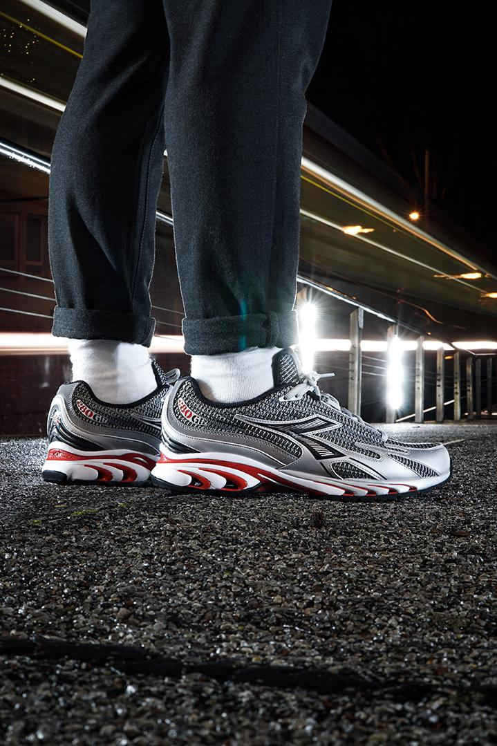 diadora mythos 280 running shoe silver red black white 600 pairs official release date info photos price store list buying guide
