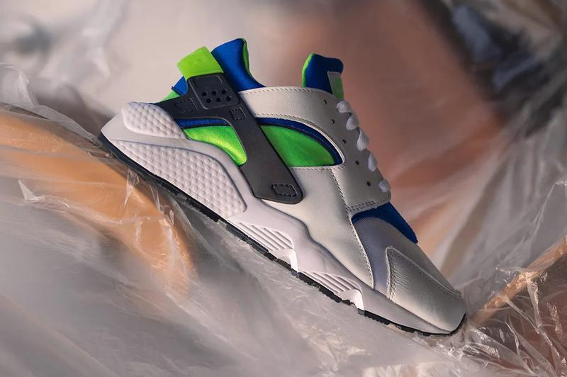 """Nike Air Huarache OG """"Scream Green"""" On-Feet Look closer detailed photographs pictures price release date info buy 130 usd retail resale dd1068-100"""