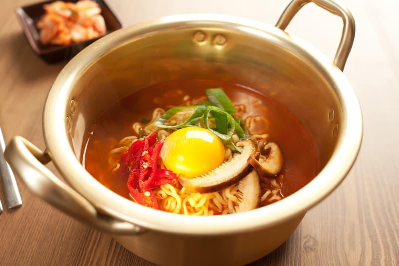 South Korean Instant Noodle Ramyun Ramyeon Exports 2020 Record High COVID-19 Info Coronavirus
