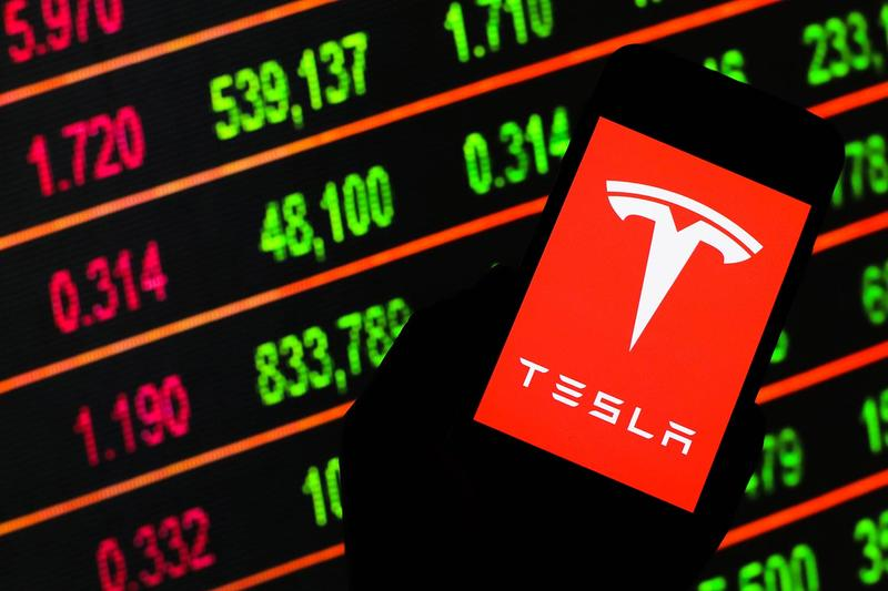 Tesla Buys $1.5 Billion USD Bitcoin Accept Cryptocurrency Payments Info Elon Musk