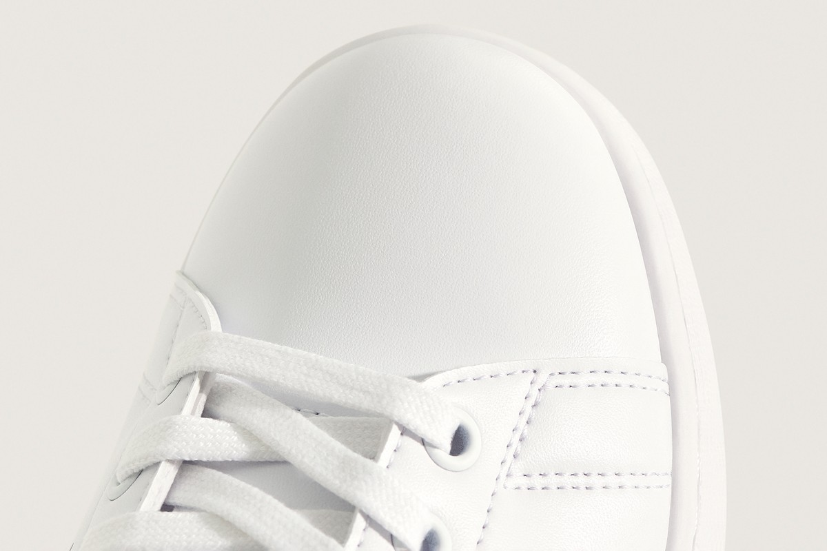 adidas plastic waste recycled stansmith sneaker white shoe iconic primegreen sustainability