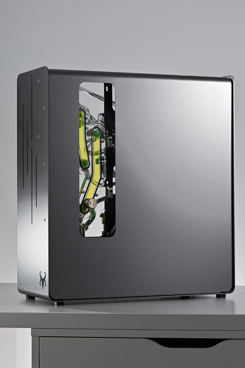 custom diy pc computer gaming editing actor henry golding asus rog technology one of a kind tubing pistachio green brushed metal case chrome tubing