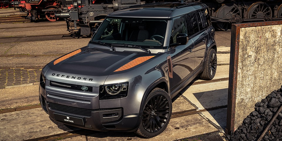 Heritage Customs Adds Rusted Panels to the New Land Rover Defender