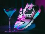 "German Sneaker Boutique Acribik Teams with Saucony for Striking Azura ""Tech Noir"""