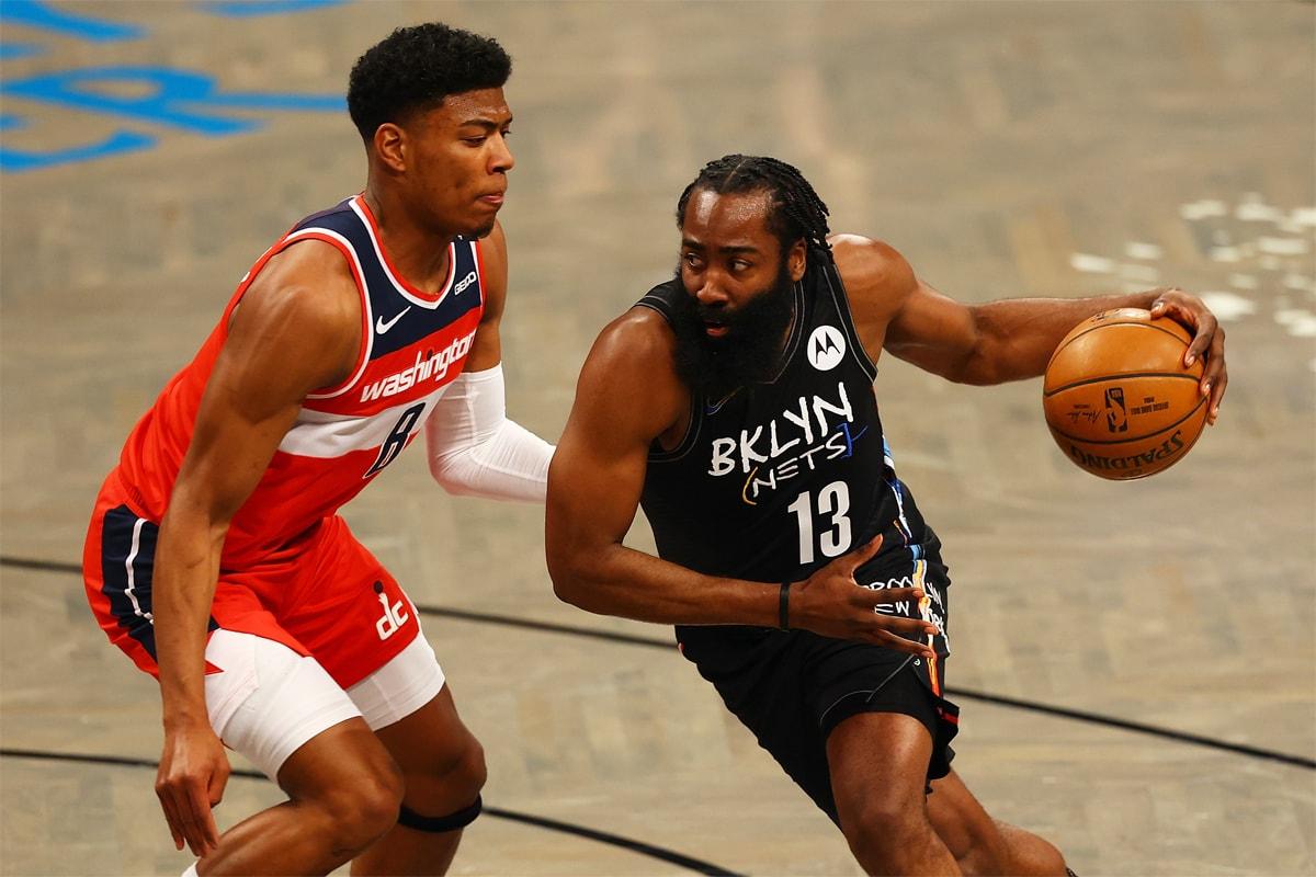 Five Biggest All-NBA Team Snubs 2020-2021 List Jayson Tatum Trae Young Kevin Durant James Harden Devi Booker Kevin Durant Brooklyn Nets Boston Celtics Atlanta Hawks Phoenix Suns lebron james los angeles lakers anthony davis