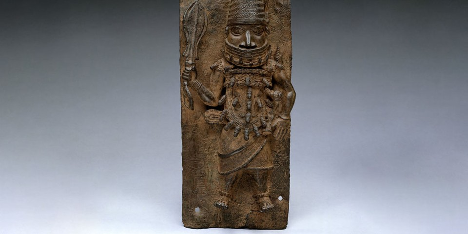 Metropolitan Museum of Art Returns Looted Sculptures to Nigeria