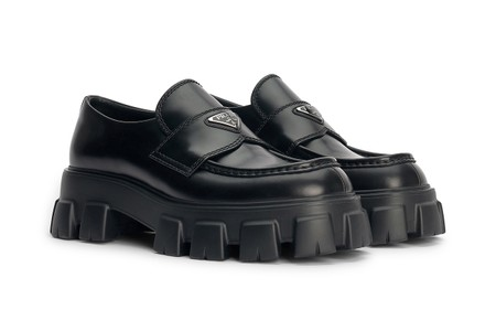 Relive the '90s With Prada's $960 USD Monolith Loafers