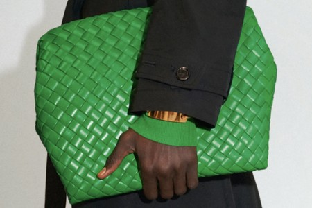 """""""Bottega Green"""" Is the Color of Summer 2021"""
