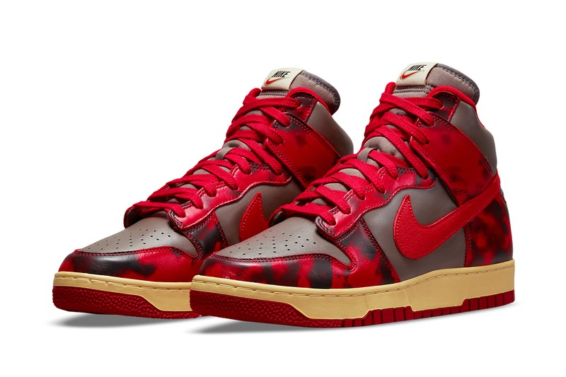 "Nike Sportswear Kicks It Old School With the Dunk High 1985 ""Acid Wash"""