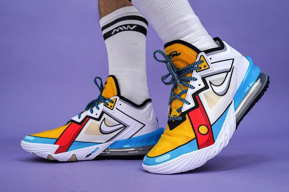 """Nike LeBron 18 Low """"Stewie Griffin"""" First Look 
