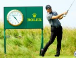 A Female Criminal Duo Is Robbing Elderly Golf Players of Their Expensive Rolex Watches